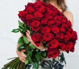 Букет из 51 розы Эксплорер